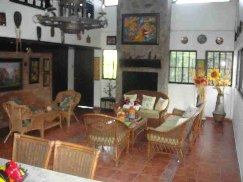 Terrenos con casa en yaguate