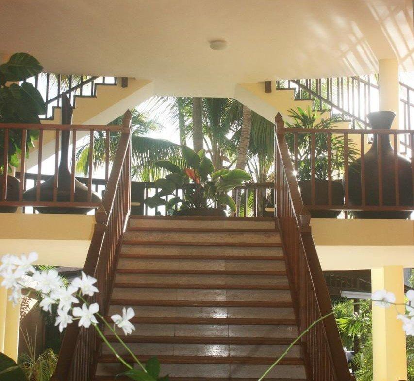 Hotel boutique en bávaro Lobby y escaleras