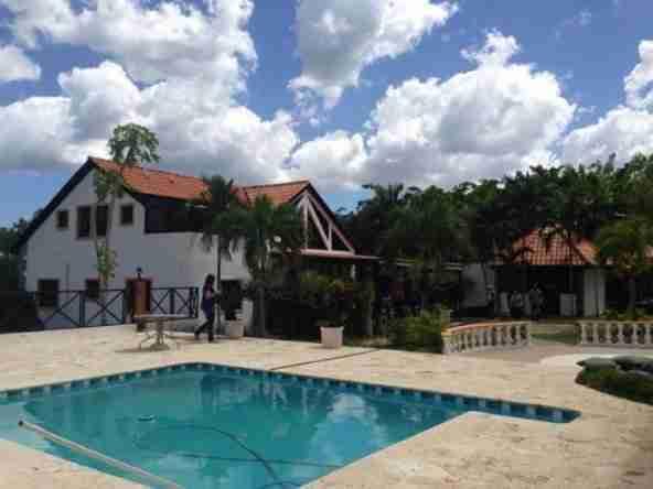 Finca con casa en Yaguate